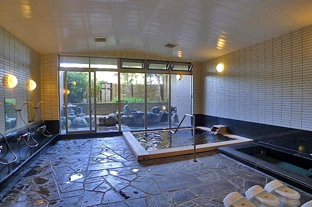 強羅温泉を楽しむ檜風呂
