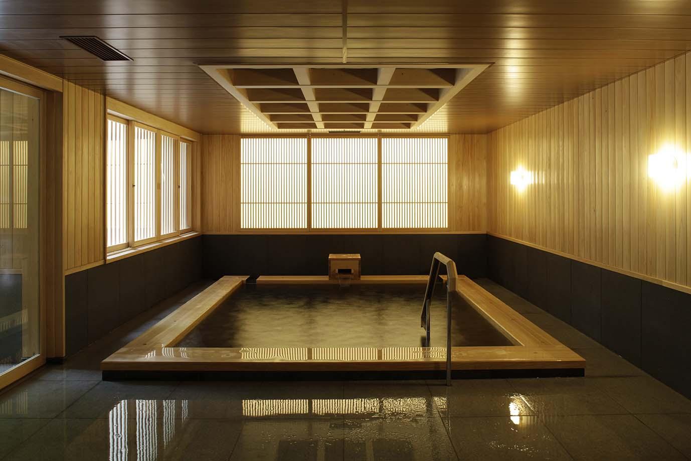 明の湯 地 大浴場