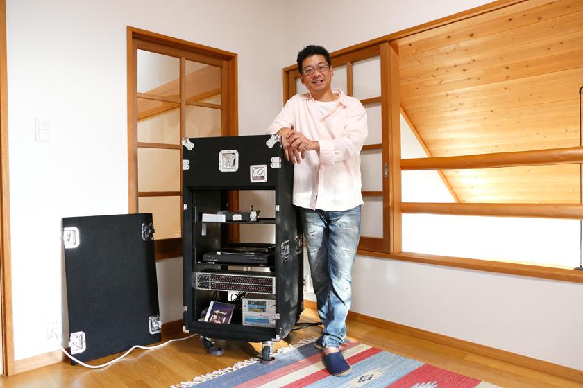 思う存分、レコードを楽しむのは、洋一さんが長年やりたかたことの一つ