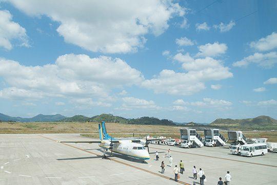 石垣島から与那国島へと渡るプロペラ機