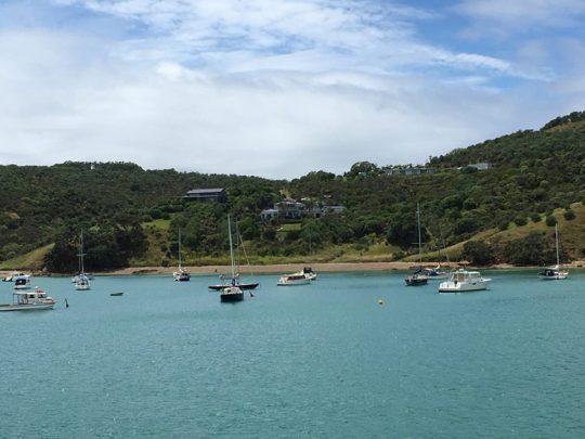 NZオークランドから近いワイヘキ島の豪邸とヨット