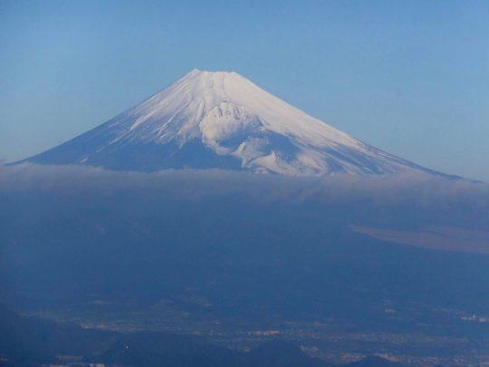 東急ハーヴェストクラブ天城高原客室から見た富士山