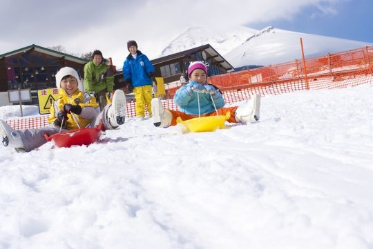 東急ハーヴェストクラブ山中湖の「スキー&スノーボードプラン(1泊朝食付/リフト1日券)」