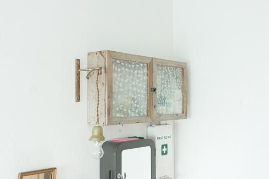 知人の家具屋さん「indigo」に作ってもらった棚