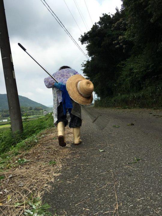 麦わら帽子、わたしとおそろい。