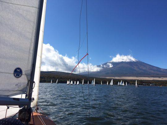富士山とヨットが揃う最高の場所です
