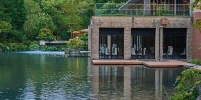 水と緑に囲まれた箱根甲子園