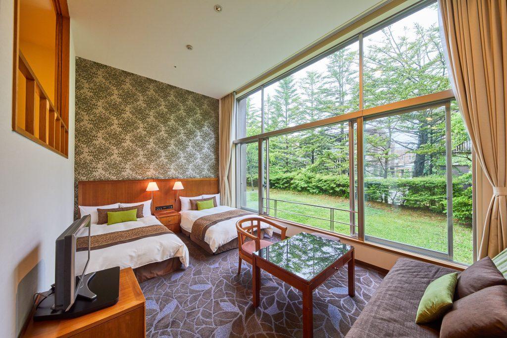 旧軽井沢も昨年、何期かに分けて実施していた客室のリニューアルが完了しました