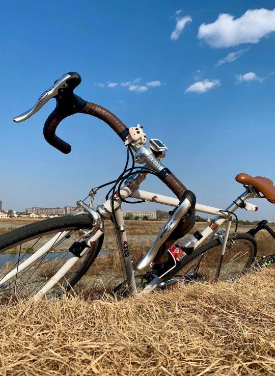 多摩川にサイクリングにも行ったっけね。東京にいても結局、自然が感じられるところに行ってしまうんだよな。